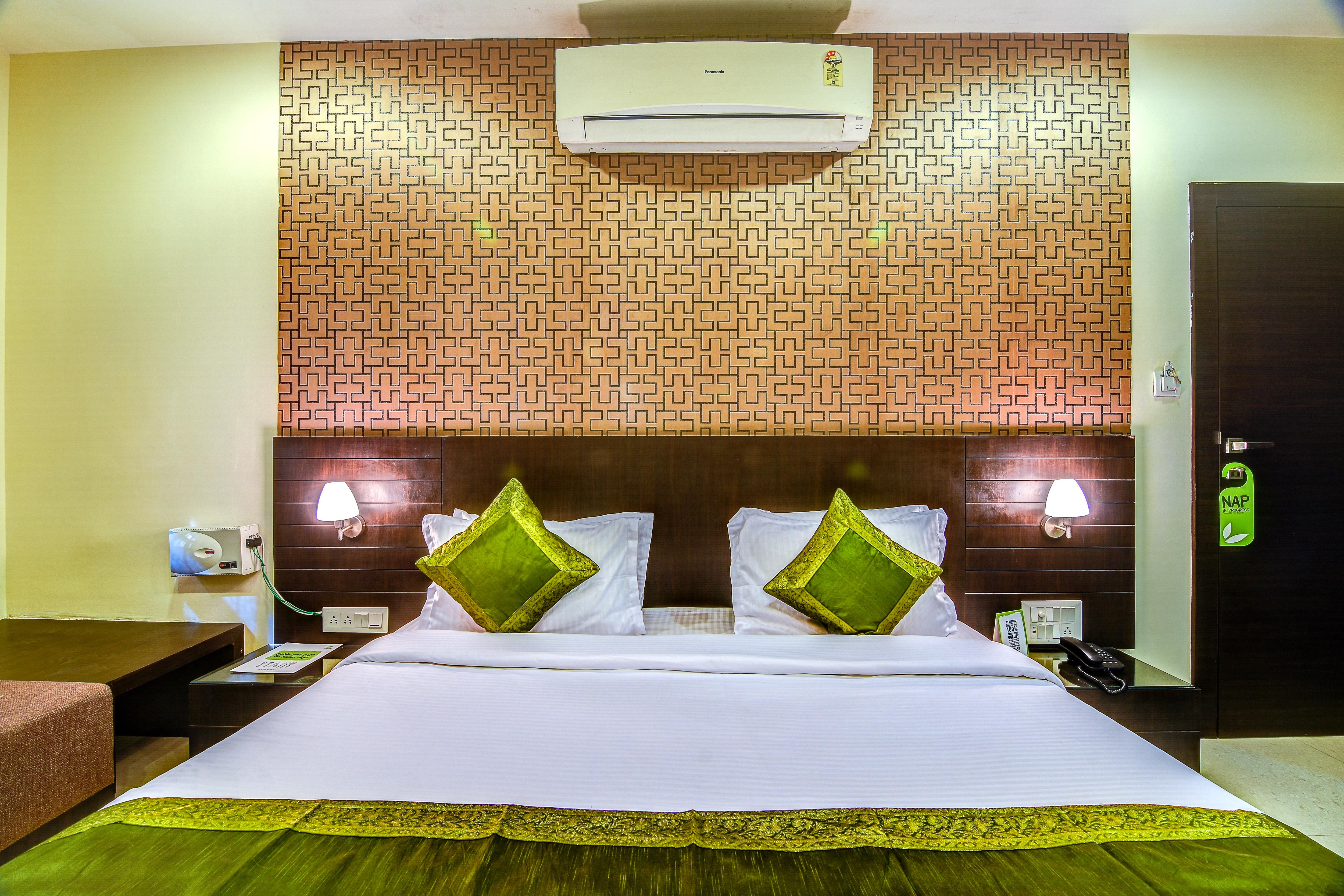 Hotels near Mp Nagar Bhopal | Tariff ₹799, Lowest Price
