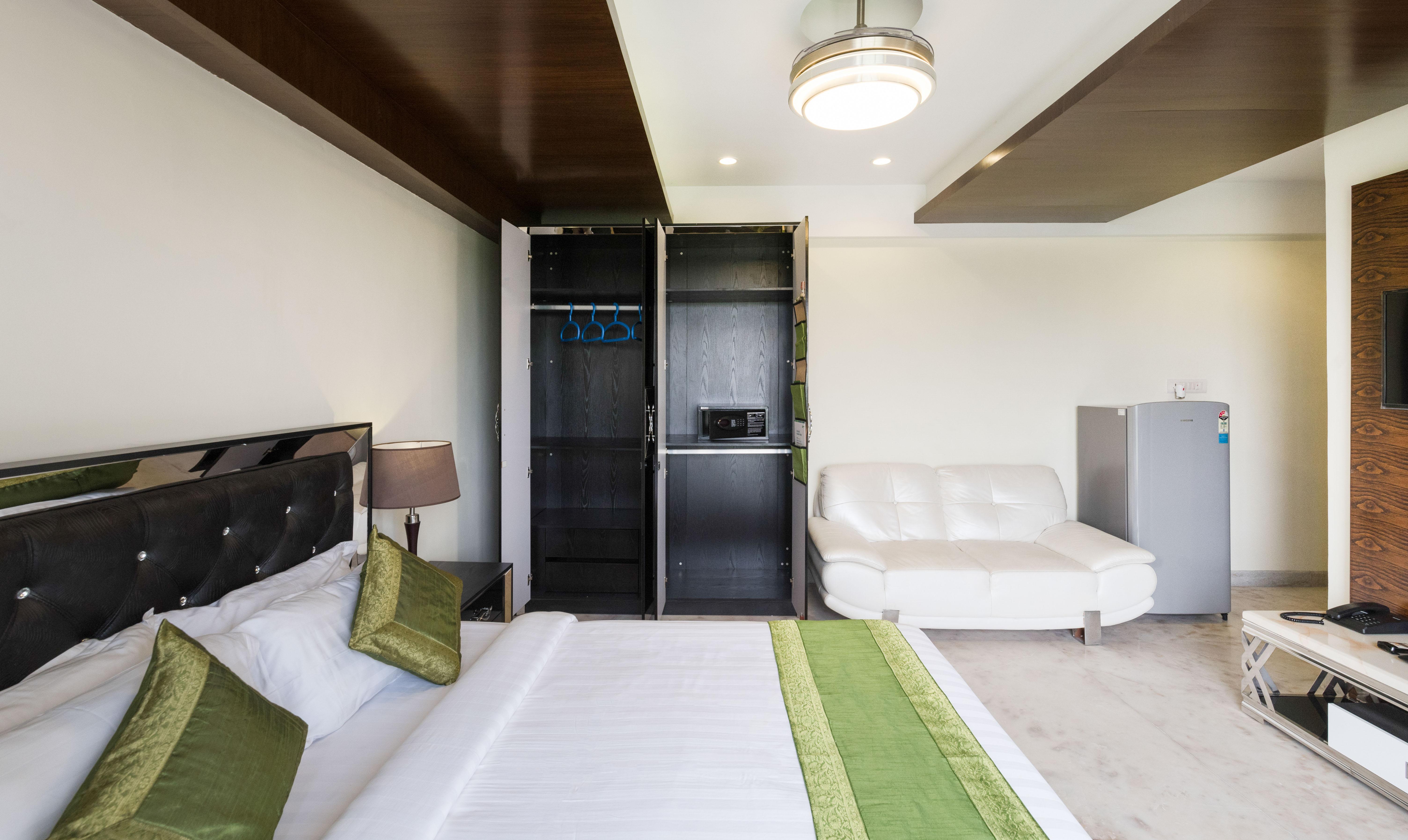 Hotels in Kolkata | Book the Best Hotels in Kolkata - Tariff